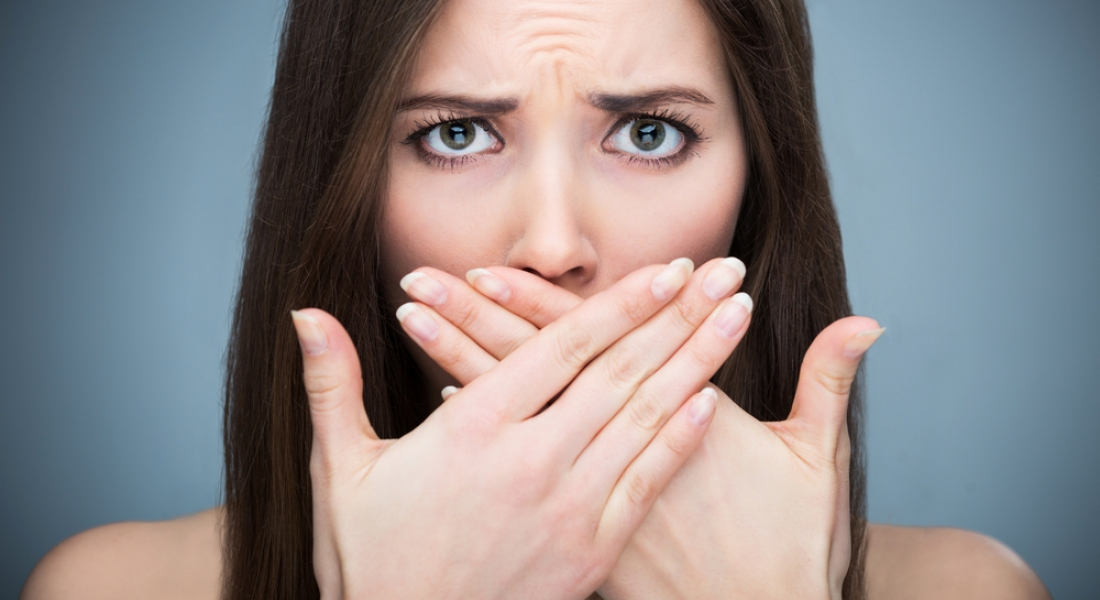 Bad Breath Symptoms and Causes, and Ways to Get Rid of It